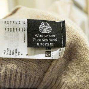 Uniqlo Sweaters - UNIQLO Wool Turtleneck Sweater